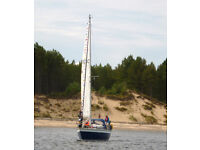 Sailing Yacht - Prospect 900 5 berth. Well maintained with good sails and 2011 volvo engine