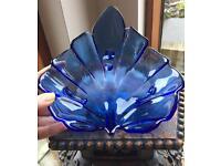 Blue Glass leaf bowl, excellent condition, measures 21cm x 21cm.