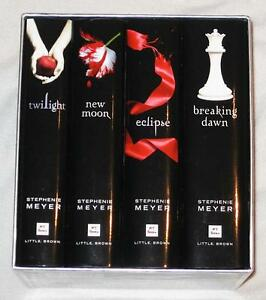 BRAND NEW – twilight/new moon/eclipse/breaking dawn - ENGLISH