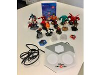 PS4 Disney Infinity 2.0 Game portal & Characters