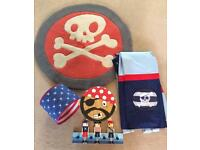 Pirate bedroom accessories
