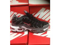 Black & Charcoal Grey Nike Trainers Brand New