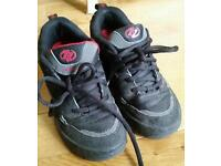 Size 2 heelys red and black