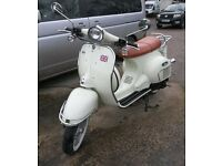 Neco Abruzzi 50cc automatic, as new only 45 miles from new,this is a must see scooter