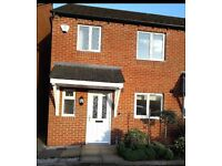 To Rent house in Whitchurch 3 bed ensuite bathroom, private parking, garden