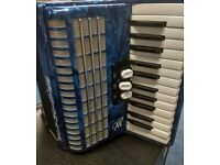 Weltmeister Perle 48 Bass Piano Accordion (Blue) - Good condition