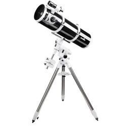 "Skywatcher 200p 8"" telescope with eq5 mount"