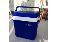 Ezetil portable electric cool box