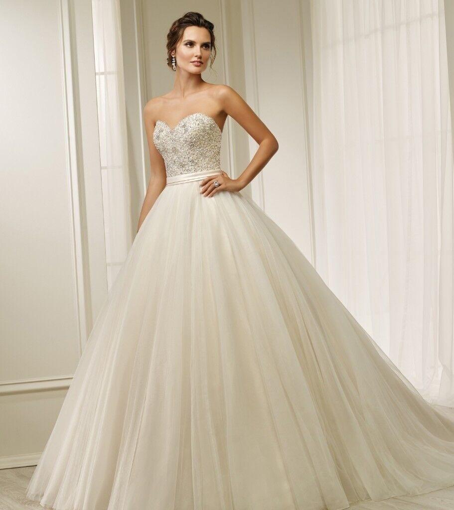 Brand New Never Worn Season Wedding Dress