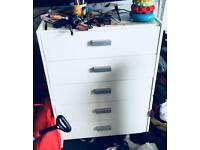White chest of drawers hardly used