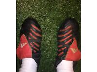 Adidas predator boots size 8