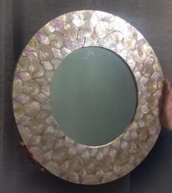 Shell Design Mirror Round / mother of pearl
