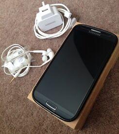 Samsung Galaxy S4 16gb Unlocked black mist with box - excellent condition