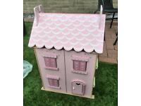 Pink dolls house in vgc includes furniture ideal Xmas present