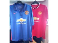 TWO MANCHESTER UNITED NIKE SHIRTS + JACKET
