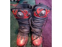 Unisex Used New Rock Reactor Flame Boots Size 6