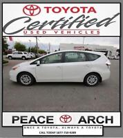 2012 Toyota Prius v Navigation, Panoramic Roof, Leather