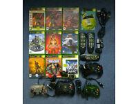 XBOX Original Bundle inc. 10 Games, 4 Controllers + extras! Halo - Jet Set Radio - Fable