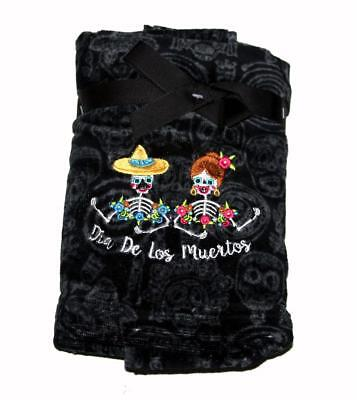 2 Halloween DIA DE LOS MUERTOS Skeletons Colorful Embroidered Hand Towels NWT