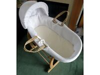 Clair De Lune waffle palm moses basket, stand, mattress & fitted sheets