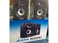 Alesis elevate 5 studio monitors speakers