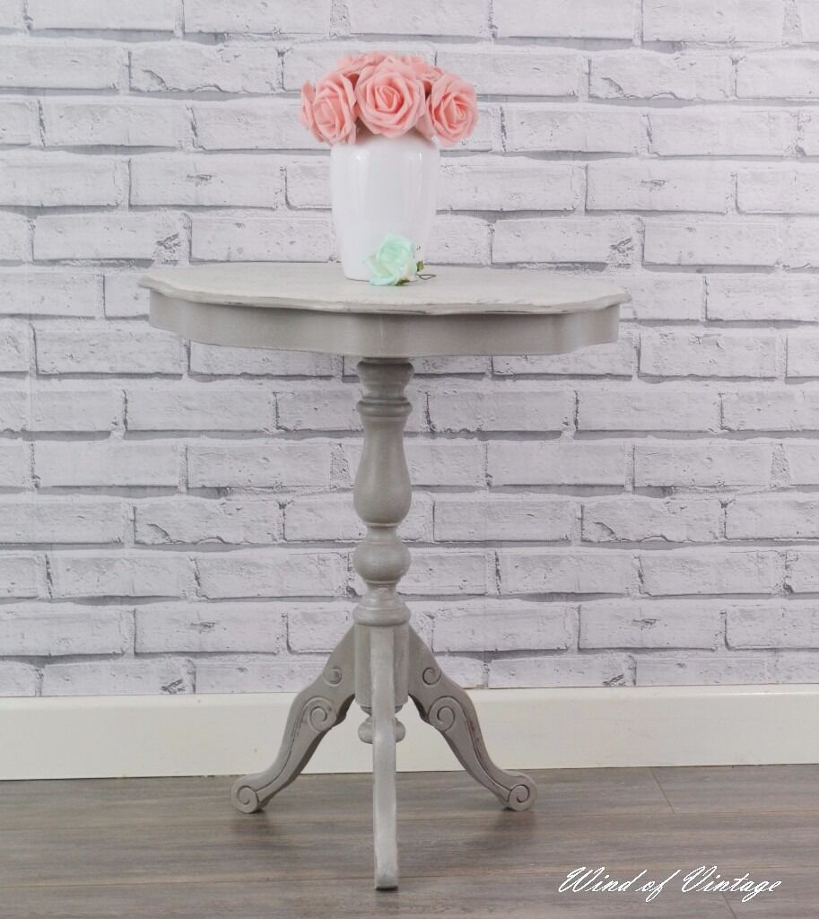 Round Table, Side Table