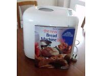 BREAD MAKER. In good condition, in original box. Instructions and recipe book.