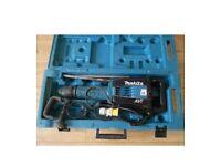 MAKITA HM1214C 110V SDS-Max Breaker Demolition Hammer