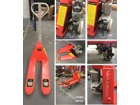 Used Warrior Hand Pump Truck 800x450mm Capacity 2500Kgs 3 Trigger Handle Highly Manouverable 180°