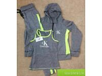 Women's gym clothes