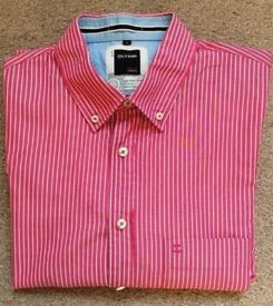 MENS SHIRT By OLYMP. PINK STRIPED. SIZE LARGE. BUTTONED COLLER.