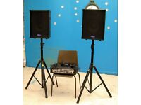 PA 100 WATT SKP PRO AUDIO COMBO 1 COMPLETE SET UP WITH SPEAKERS, LEADS, AND STANDS VGC