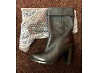 CARLO PAZOLINI real leather boots size 4 BNWOT