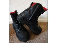 Redwing Steel toe cap safety boots size UK 6 with zips and laces worn once still in great condition