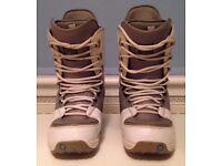 Burton Hail Snowboard Boots size UK 10.5 EUR 45