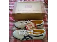 Asics Onitsuka Tiger Trainers, Size 10, White, Cream, Blue, Mens/Unisex.