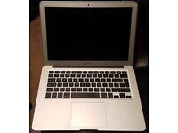 Apple MacBook Air A1466 (Early 2015) - i5 1.6 8GB RAM 250GB SSD
