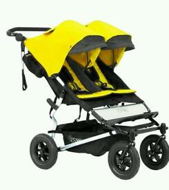 Brand new mountain buggy duet 2.5 with brand new carry cot plus
