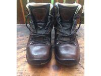 Men's walking/hiking boots