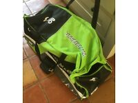 Kookaburra Cricket wheelie bag