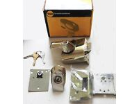 YALE 5 LEVER LOCK SYSTEM - FRONT DOOR