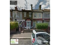 SPACIOUS 2 BEDROOM FIRST FLOOR FLAT READY TO MOVE IN WALTHAMSTOW, PART/DSS WELCOME