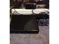 SOLD ——-Xbox one 500GB VGC £110ono