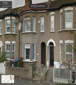 Beautiful 5 Bedroom house Ready to move in Forest Gate On Thorpe Road (E7)
