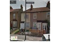 SPACIOUS 2 BEDROOM HOUSE READY TO MOVE IN BARKING ,(IG11) MNS FROM STATION PART/DSS WELLCOM