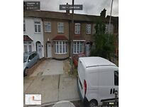 BEAUTIFUL 3/4 BEDROOM HOUSE READY TO MOVE IN RAINHAM RM13 MINTS FROM STATION