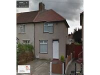 3 BEDROOM SEMI DETACHED HOUSE WITH DRIVEWAY READY TO MOVE IN DAGENHAM, GOOD PART DSS ONLY WELCOME