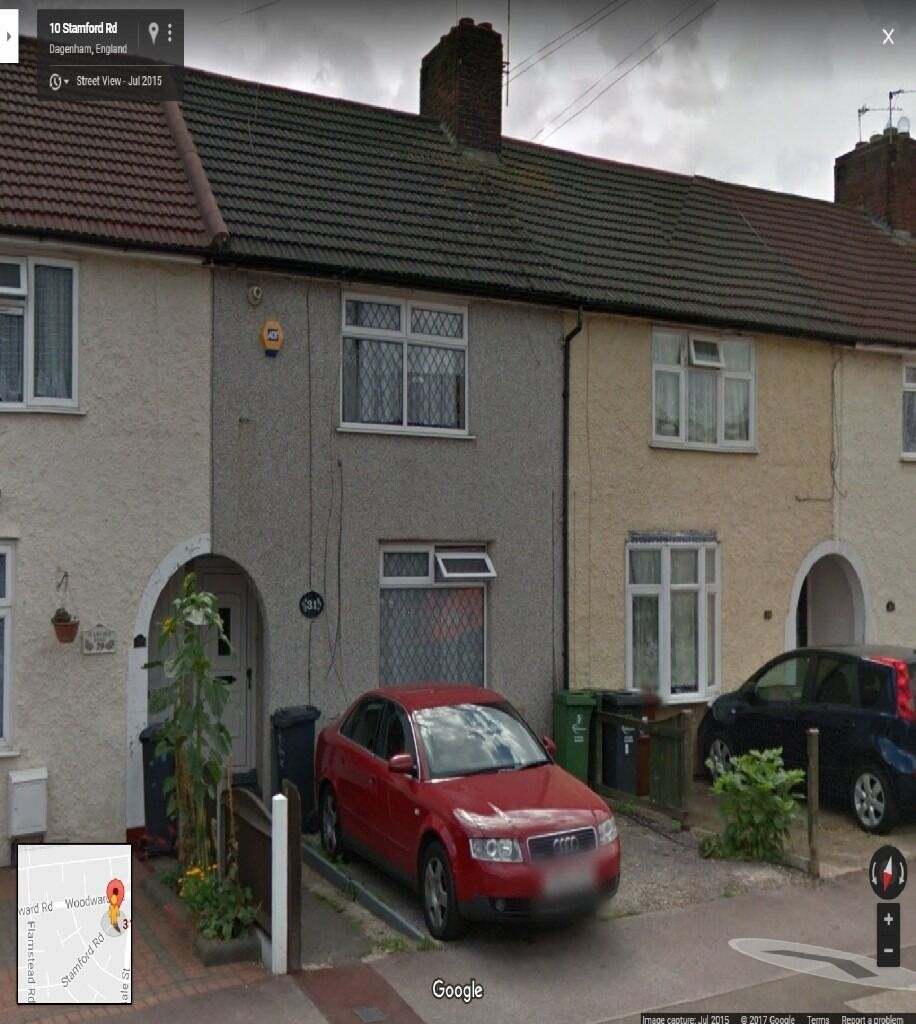 SPACIOUS 3 BEDROOM HOUSE READY TO MOVE IN DAGENHAM,(RM9) MNS FROM STATION,GOOD PART/DSS WELCOME