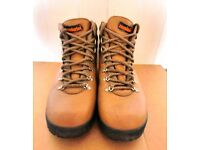 Ladies leather hiking / walking boots by Zamberlan.