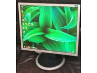"19"" Samsung LCD monitor PC - Laptop - CCTV SECURITY CAMERA **FREE DELIVERY**"